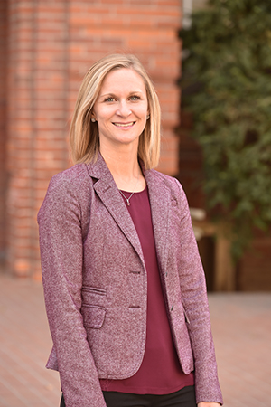 Dr. Kathleen Harris teaches both undergraduate and graduate auditing courses at Washington State University.
