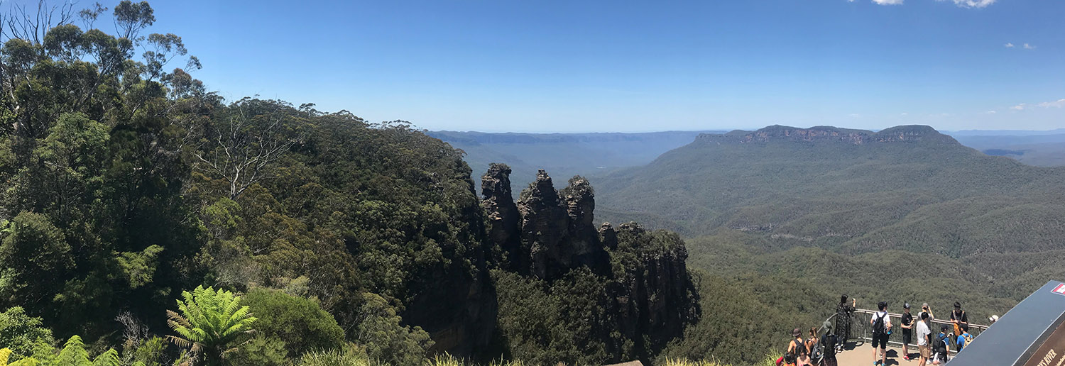 Blue Mountains and the Three Sisters