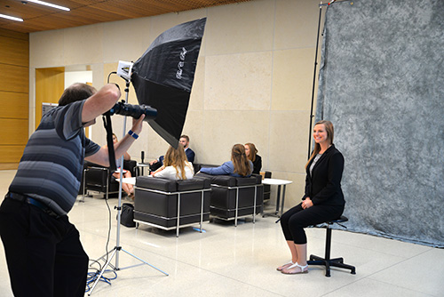 Students can receive a free professional headshot on Monday, September 17 in HLH 231.