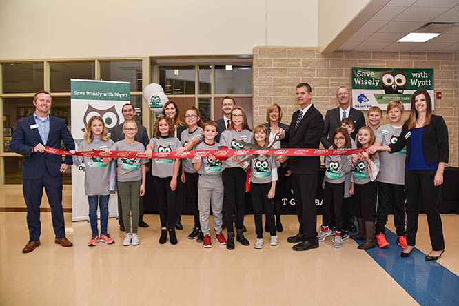 Wysong's In School Savings Student Branch opened this fall with a ribbon cutting ceremony.