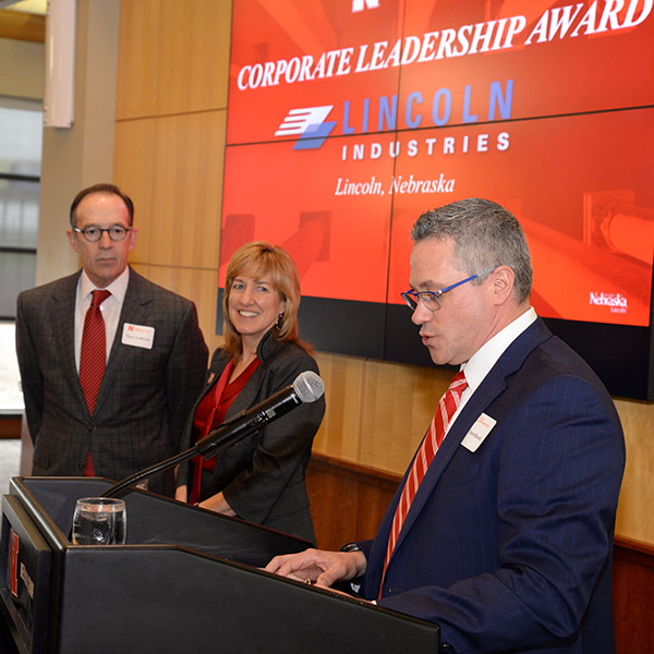 Top Business Leaders Honored at Dean's Advisory Board Luncheon