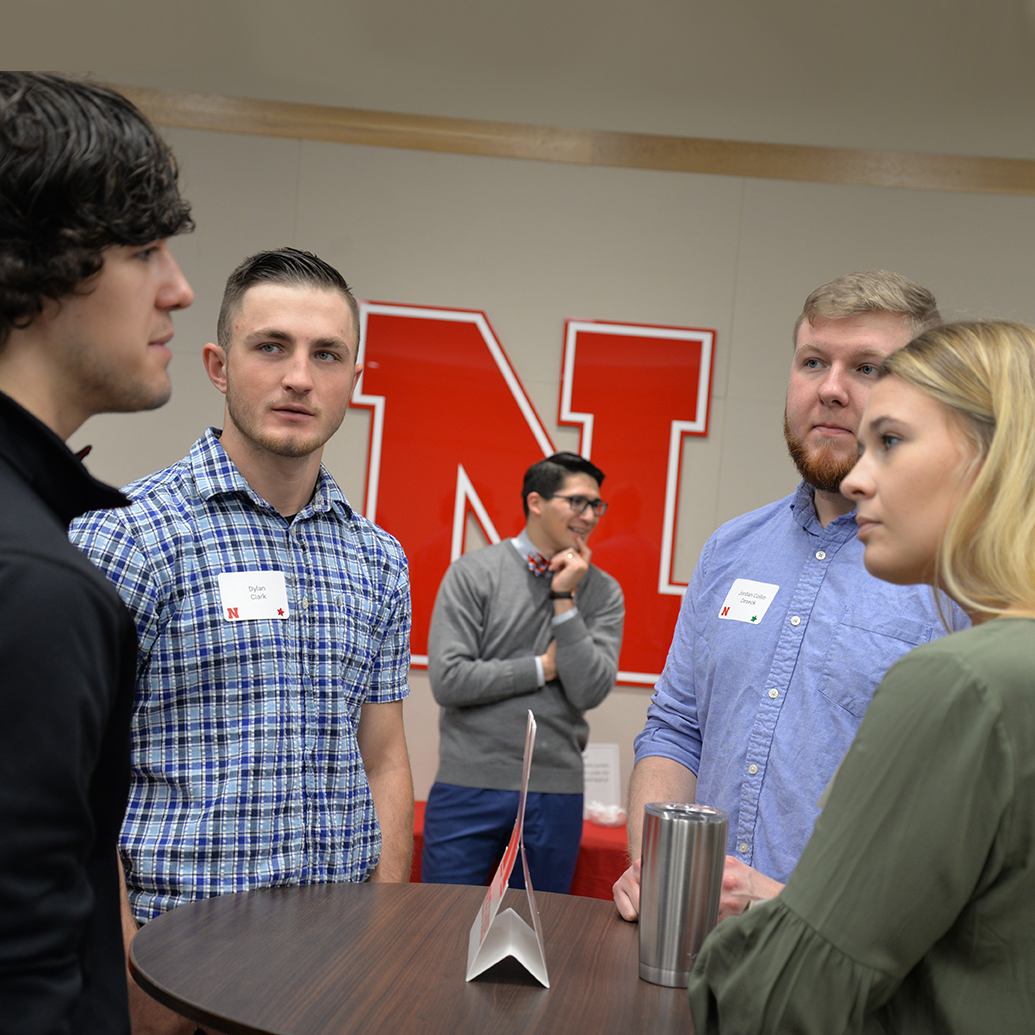 Business Students Strengthen Networking Skills