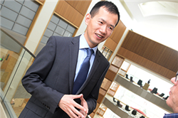 Chen Produces Leading Research on Airline Industry Practices
