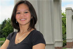 Senior Actuarial Science Major Julia Menez Excels at Raikes School