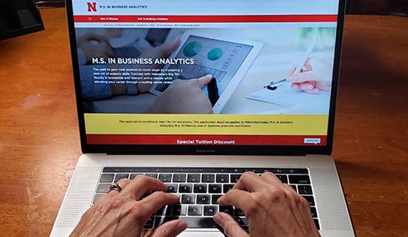 GRAD2GRAD Program Provides Special Tuition Discount for Nebraska Graduates